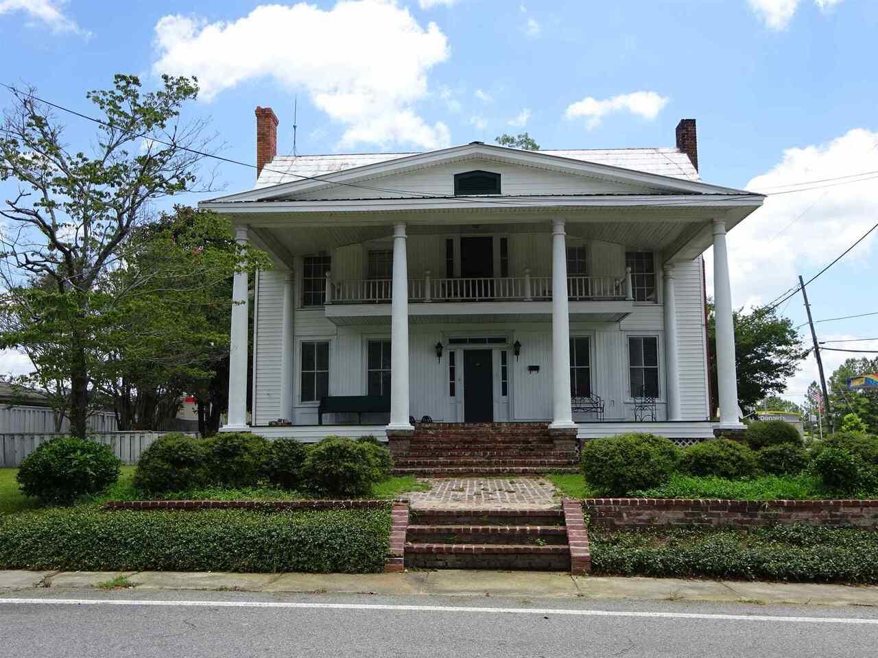 103 N Newton Street Property Photo
