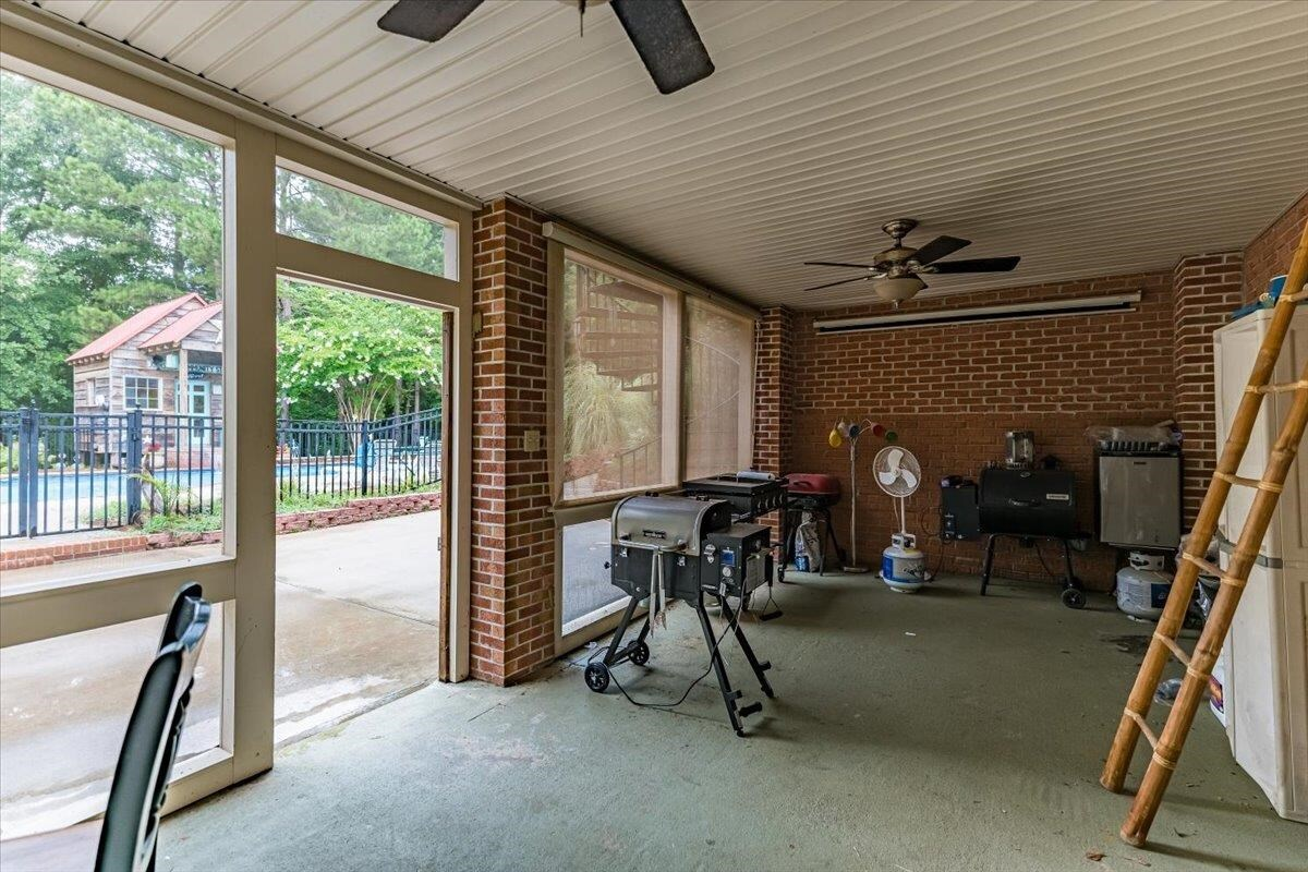 3920 Chalker Road Property Photo 29