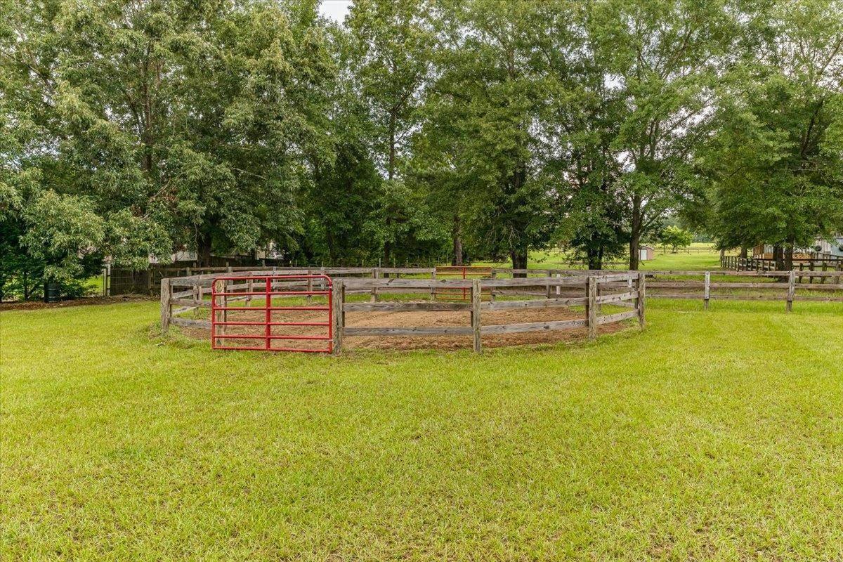 3920 Chalker Road Property Photo 48