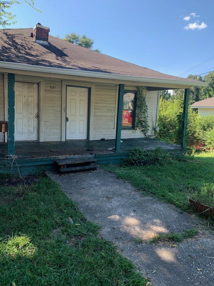 221 Alpine Street Property Photo