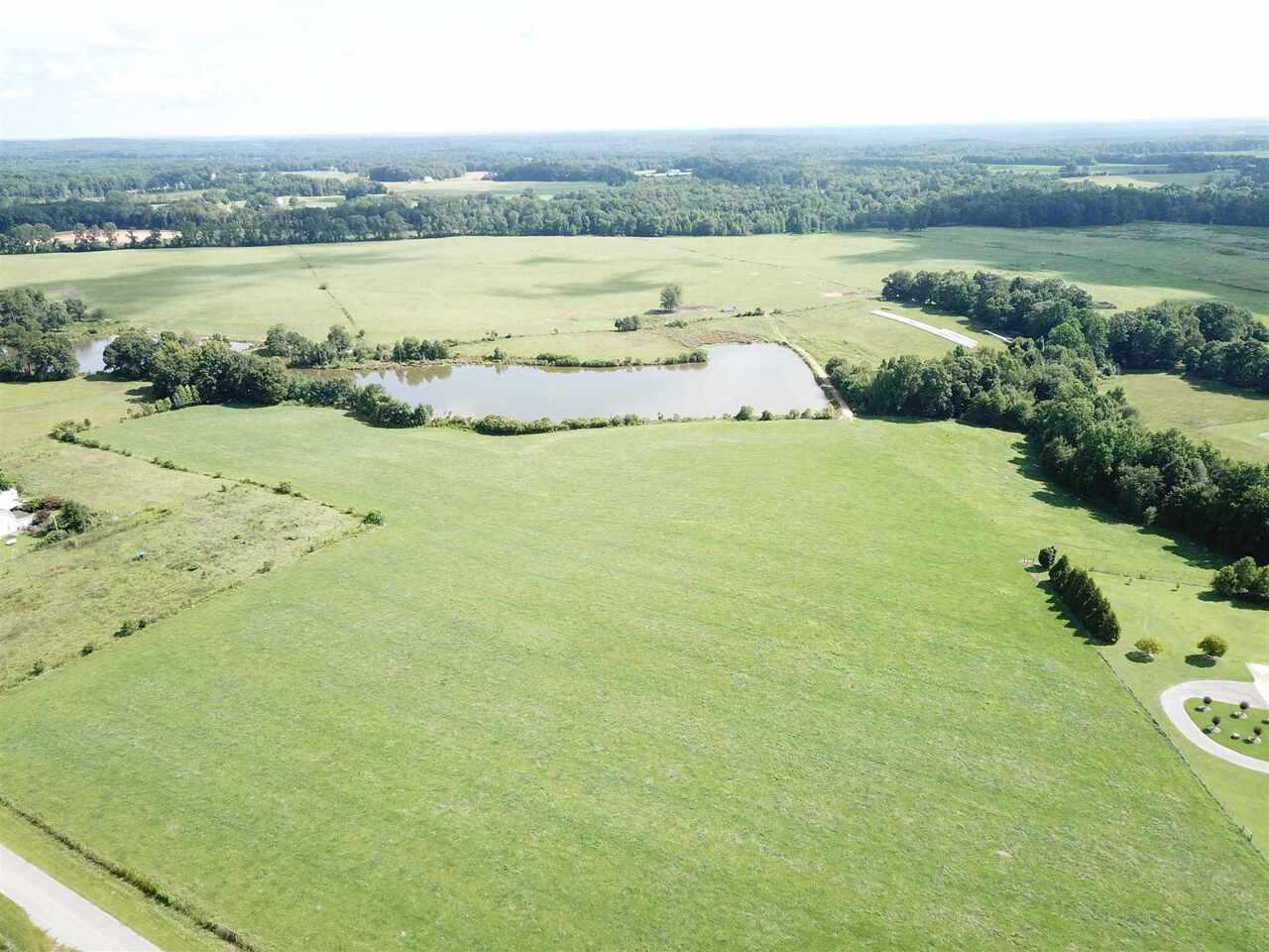 0 Community House Property Photo 3