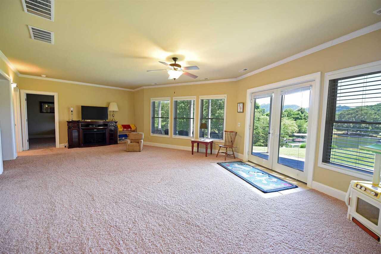 861 Ginger Lane #tr 6 & 6a Property Photo 54