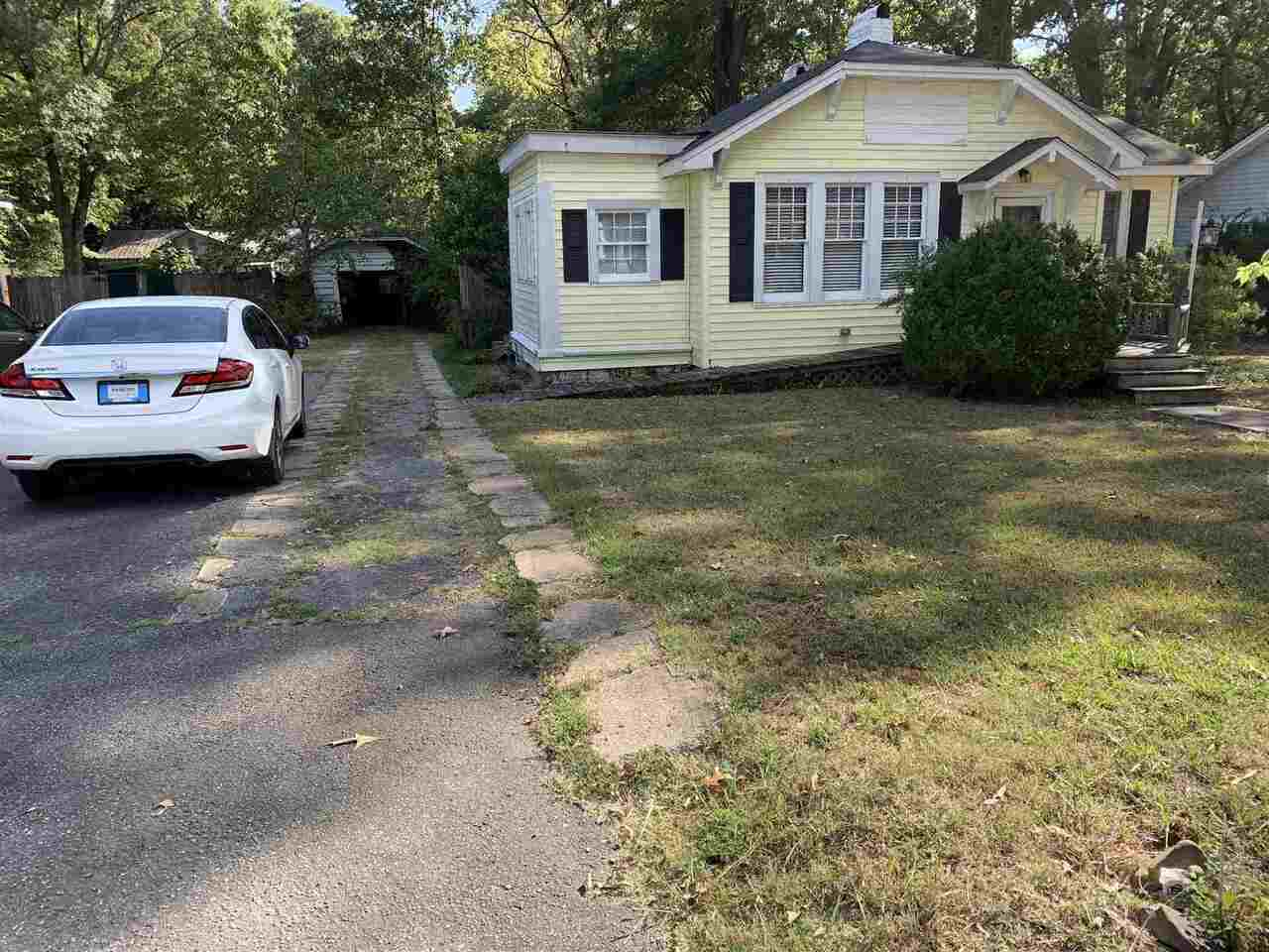 113 Oakwood Property Photo
