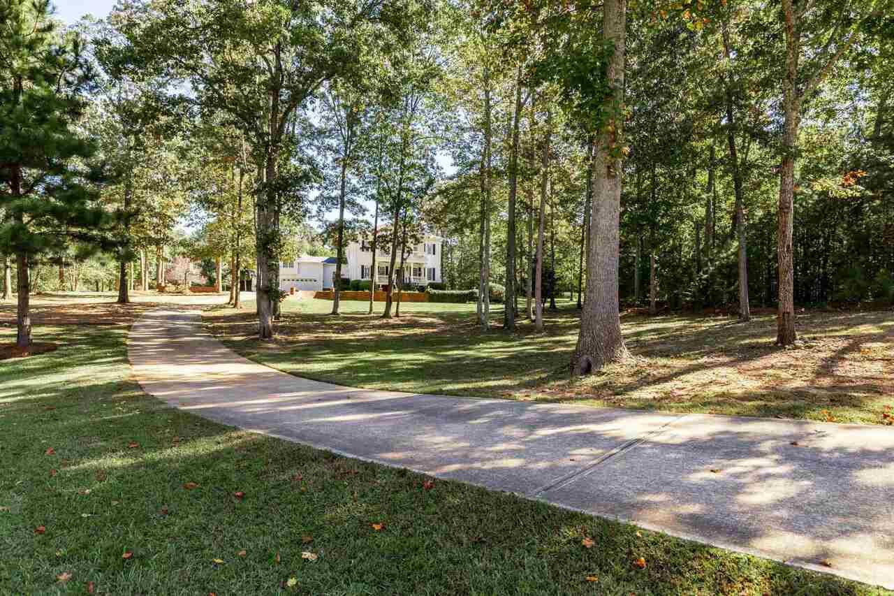 5370 Hopgood Road Property Photo