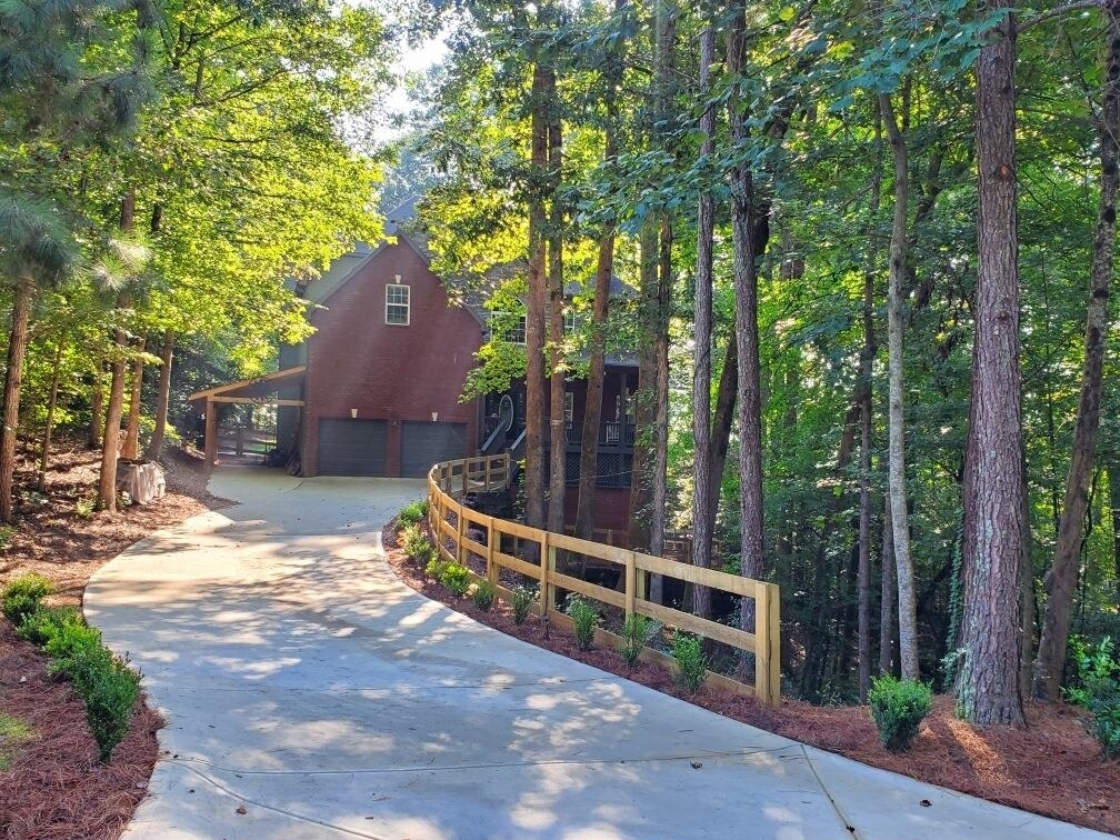 115 Red Oak Close Property Photo