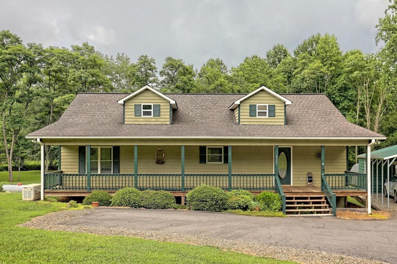 325 Nicholson Trail Property Photo