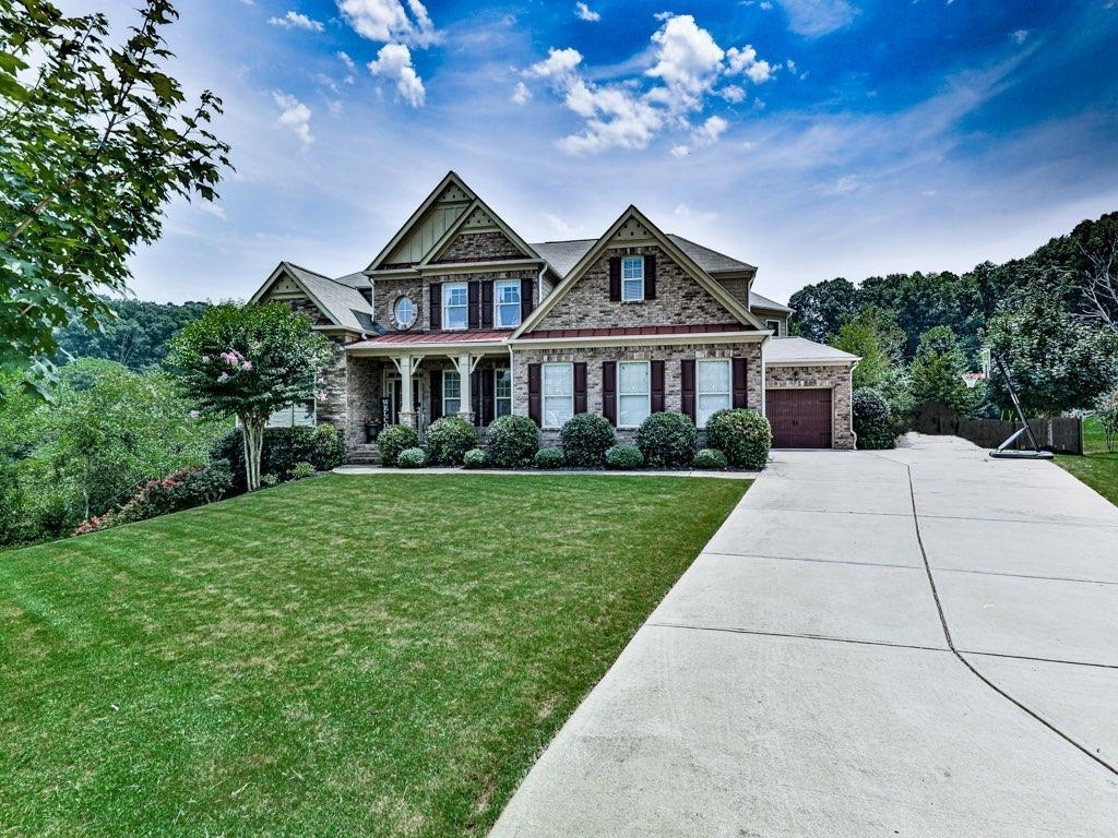 239 Waters Lake Drive Property Photo