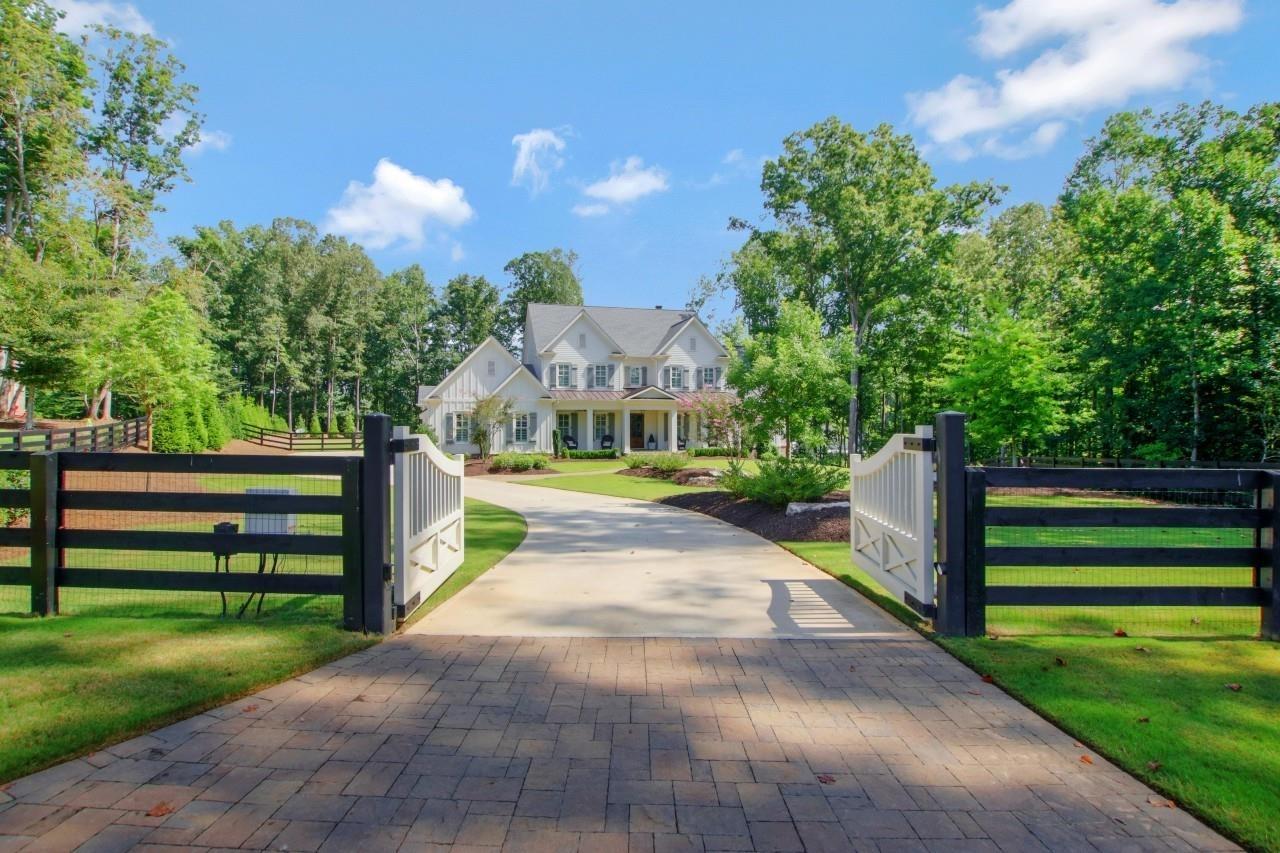 150 Trinity Farm Drive Property Photo