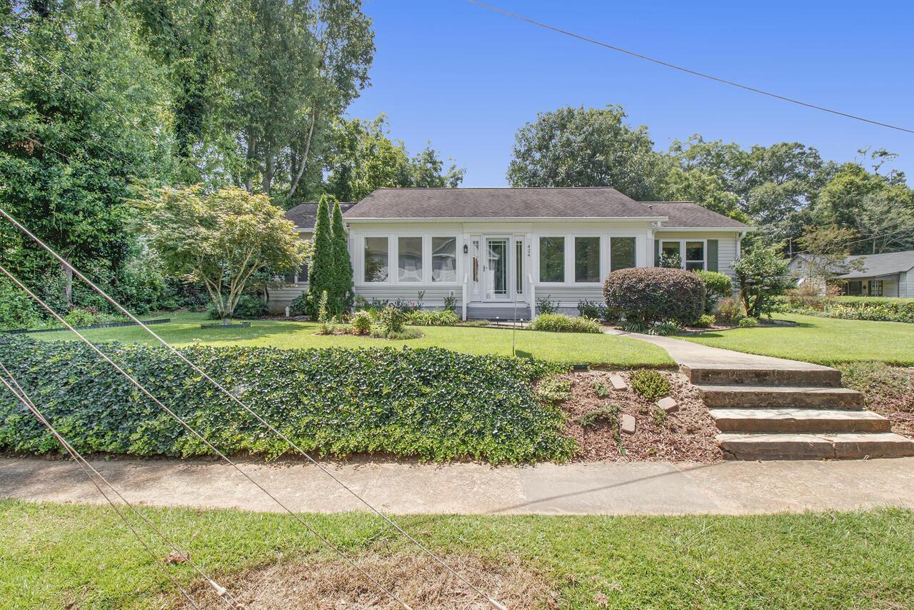 424 Zebulon Street Property Photo