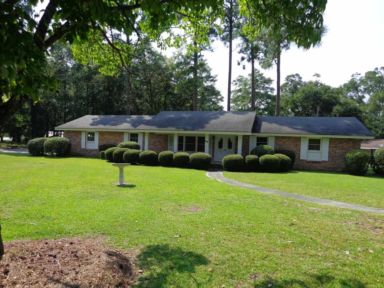 101 Pine Circle Property Photo