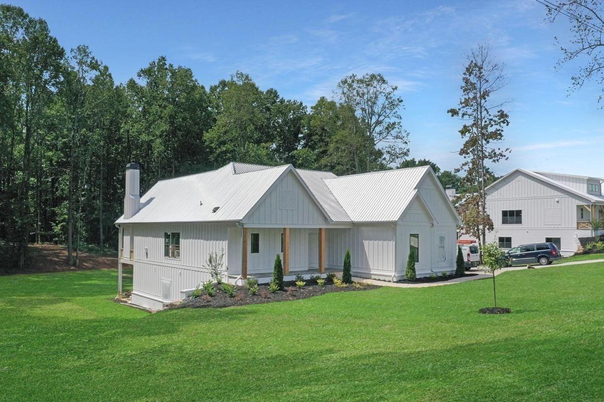 6101 Union Hill Road Property Photo