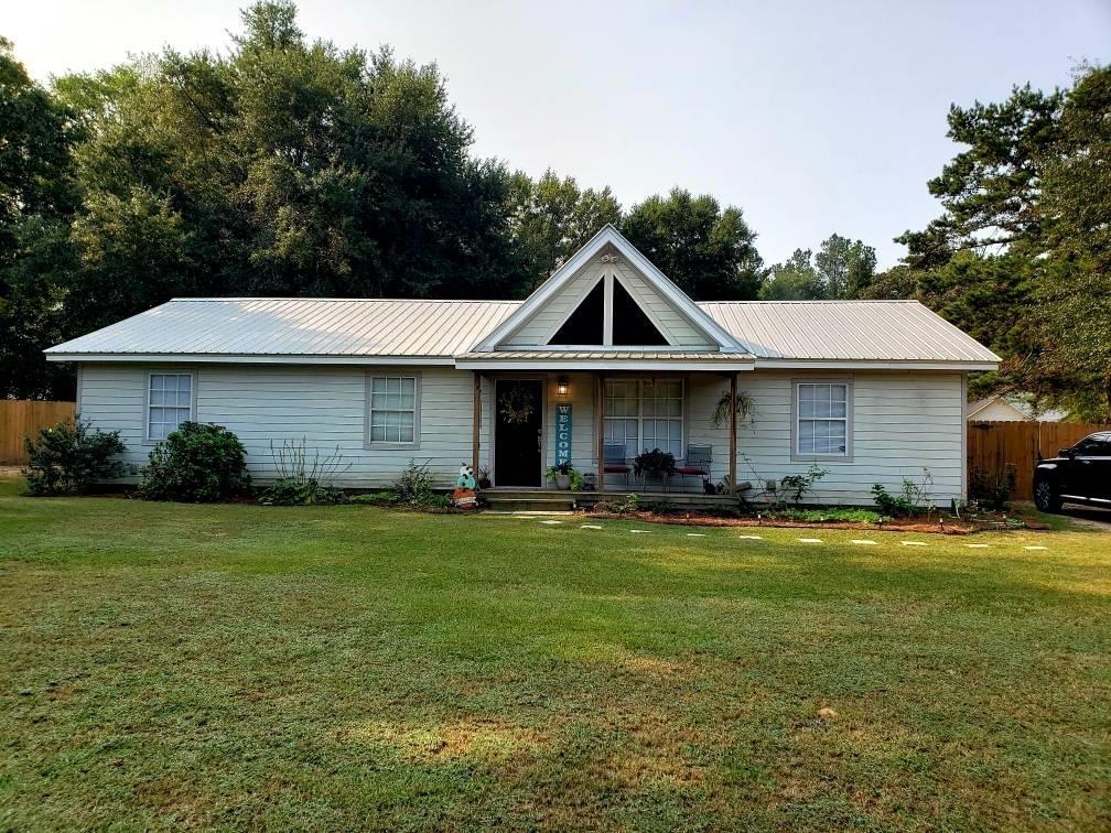 145 Hillcrest Drive Property Photo