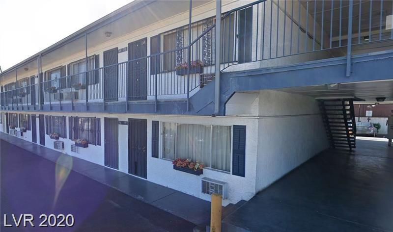 Chalet Vegas Real Estate Listings Main Image