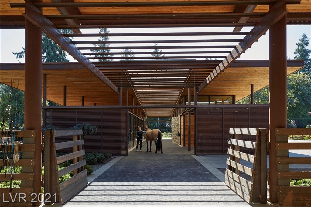 3 Canyon Enclave Drive Property Photo 2