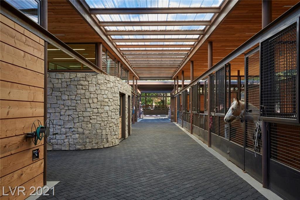 3 Canyon Enclave Drive Property Photo 3