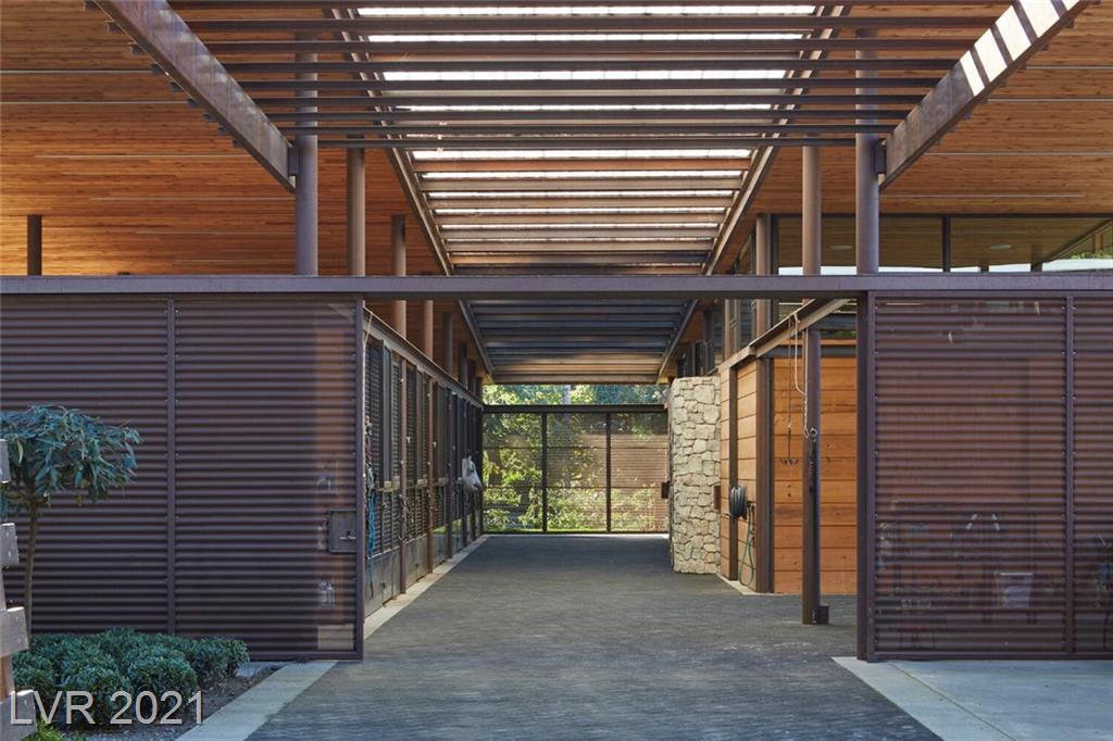 3 Canyon Enclave Drive Property Photo 4