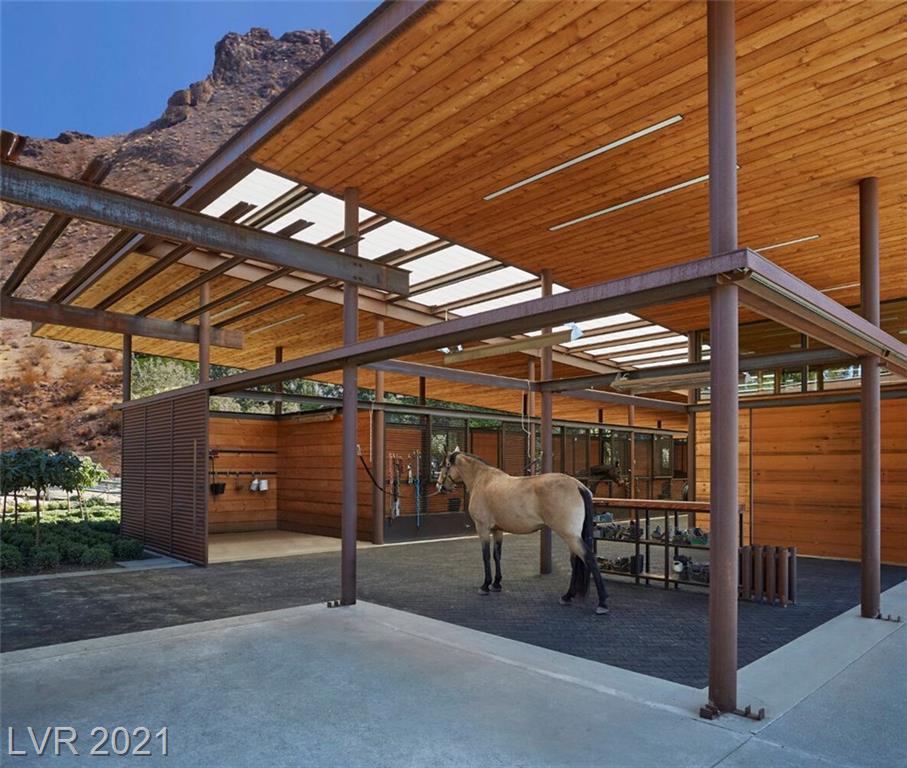 2 Canyon Enclave Drive Property Photo 18