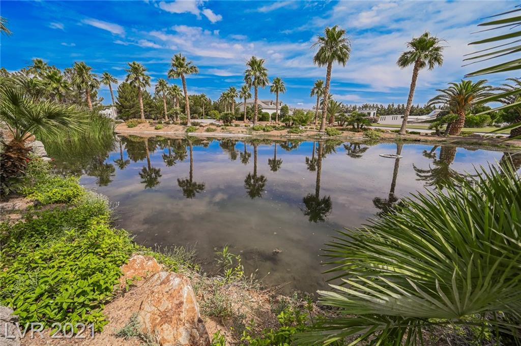 6629 Pecos Road Property Photo 9