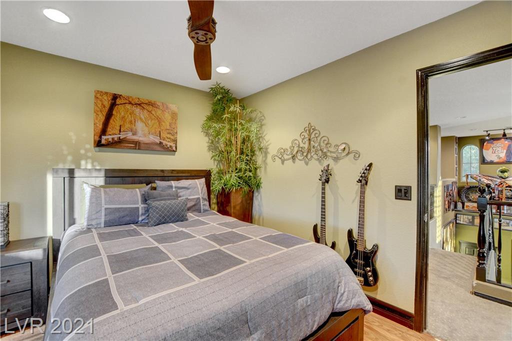 3030 Via Sarafina Drive Property Photo 27
