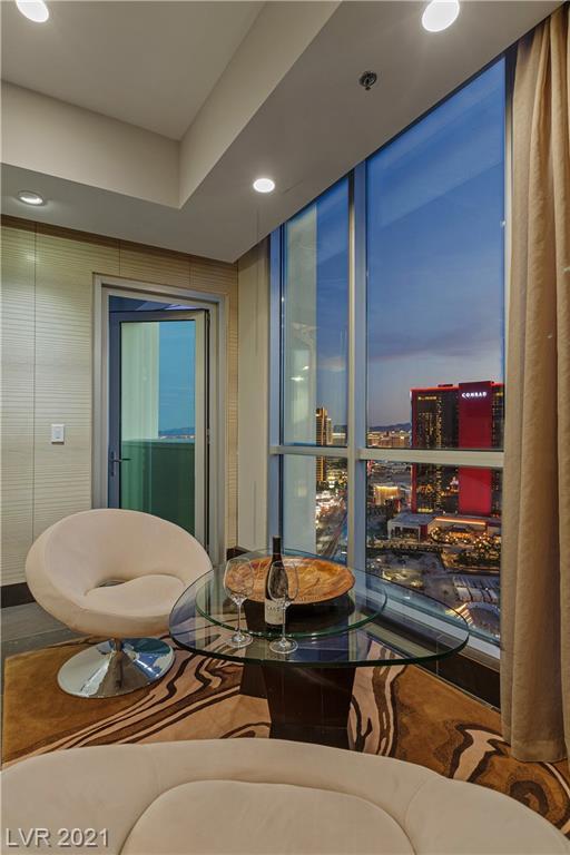 2700 South Las Vegas Bl Boulevard 4201 Property Photo 18