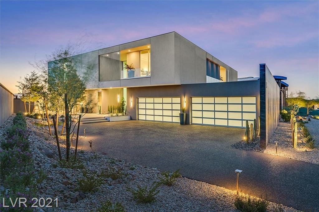 13 Rockstream Drive Property Photo 2