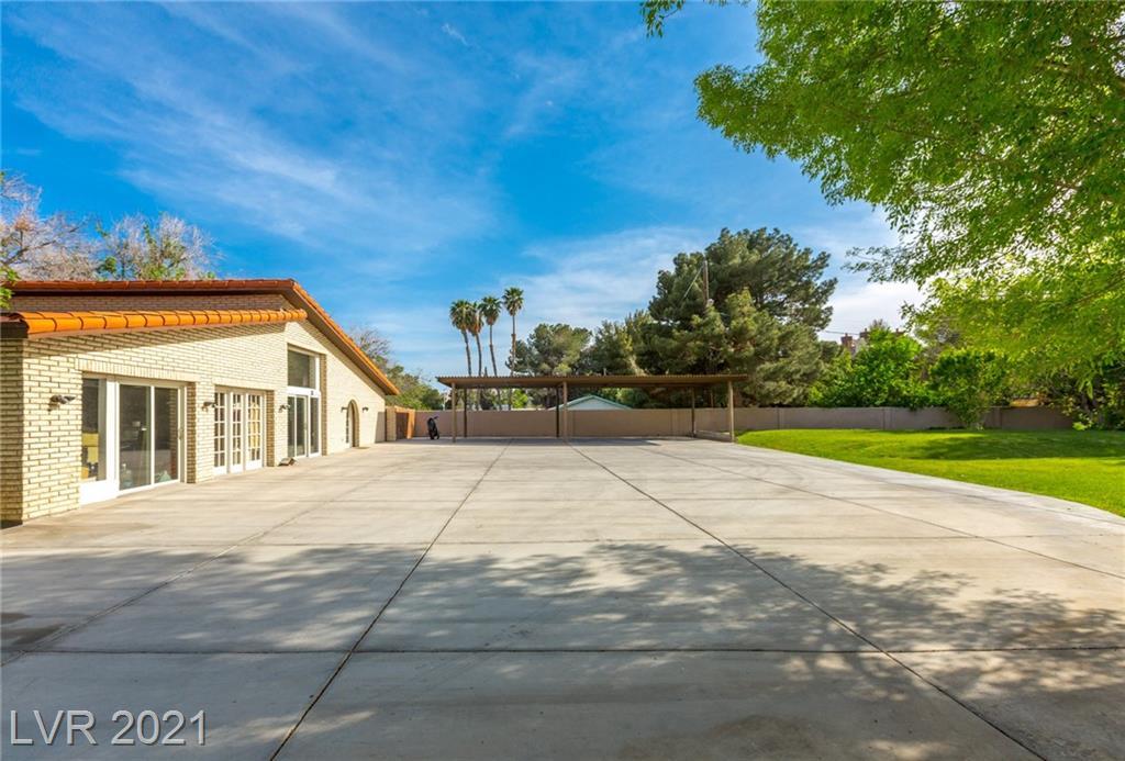 2315 Alta Drive Property Photo 5