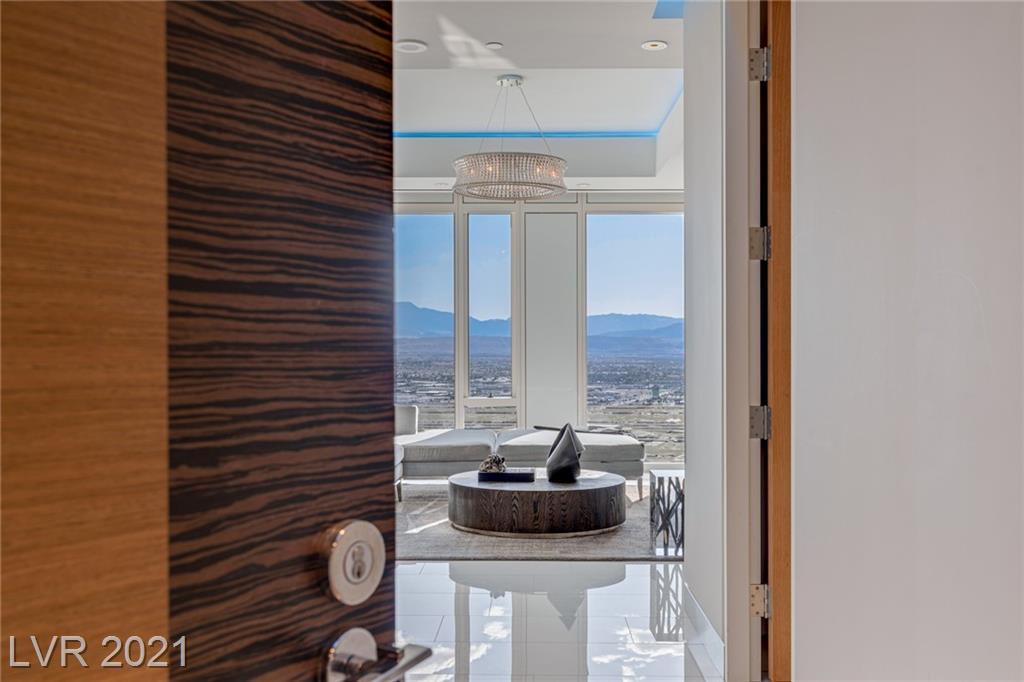 3750 Las Vegas Boulevard 4307 Property Photo 1