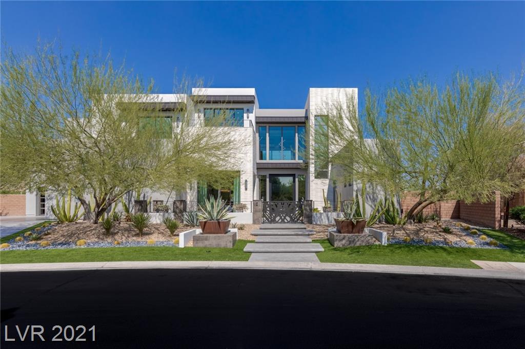 90 Hawk Ridge Drive Property Photo 1