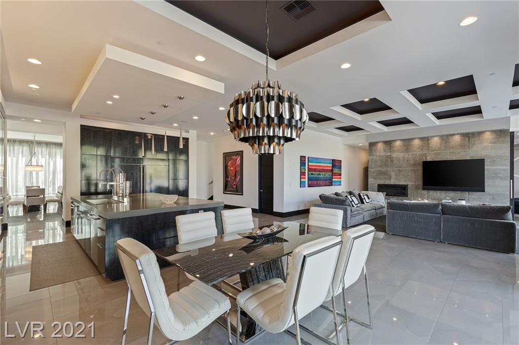 90 Hawk Ridge Drive Property Photo 23