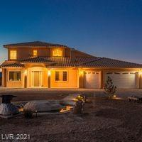 680 West Starlight Drive Property Photo 1