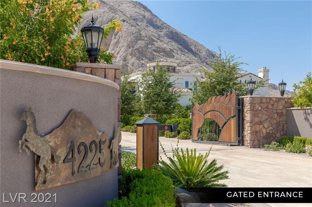 4225 North Jensen Street Property Photo 3