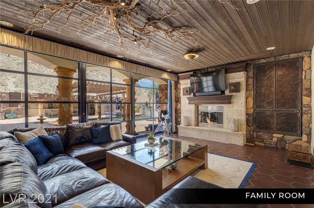 4225 North Jensen Street Property Photo 21