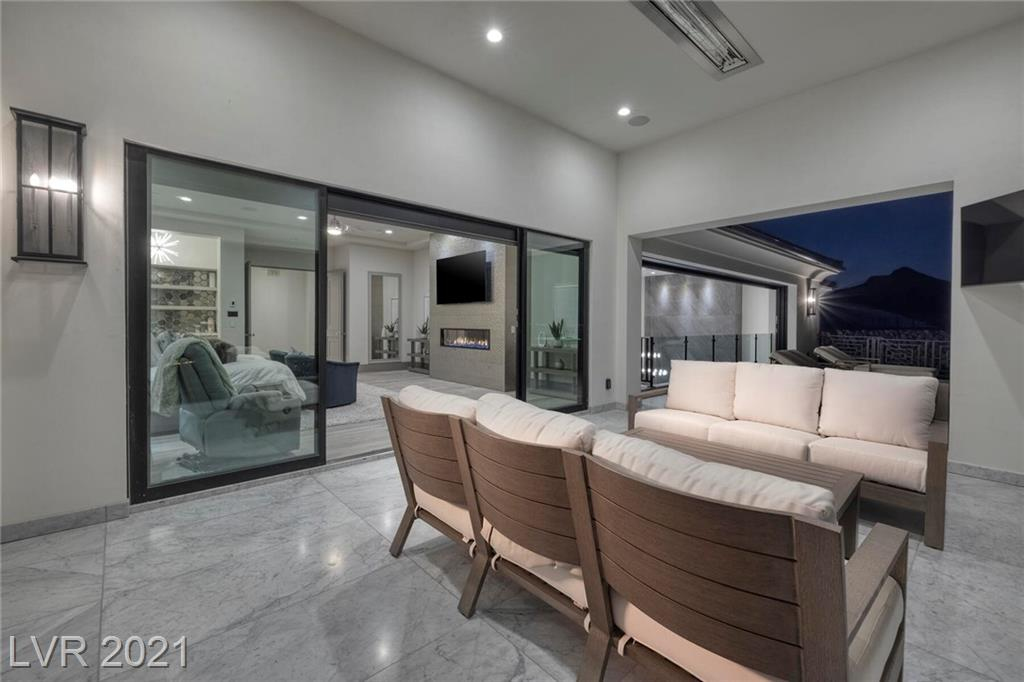 16 Oakmont Hills Lane Property Photo 22