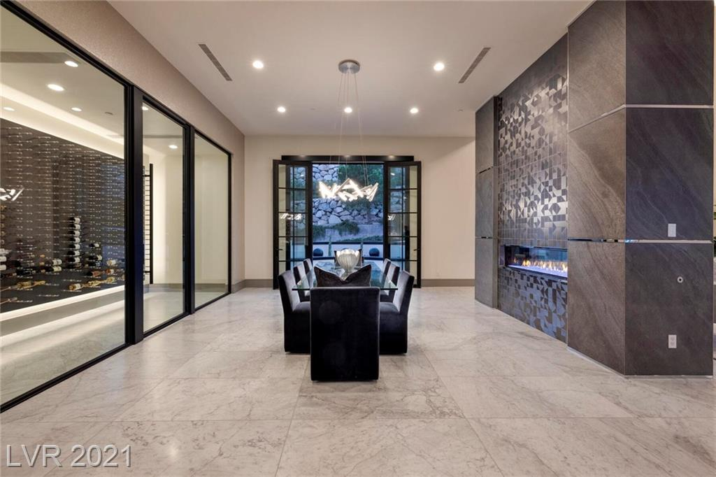 16 Oakmont Hills Lane Property Photo 33