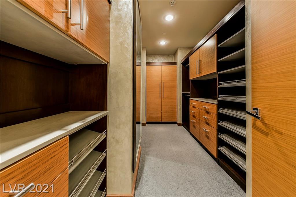 3750 Las Vegas Boulevard 4002 Property Photo 29