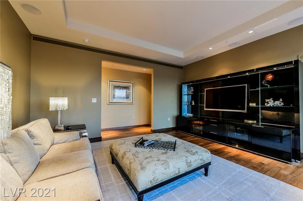 3750 Las Vegas Boulevard 4002 Property Photo 33