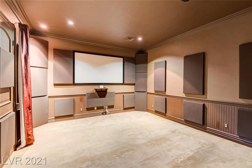 405 Royalton Drive Property Photo 21