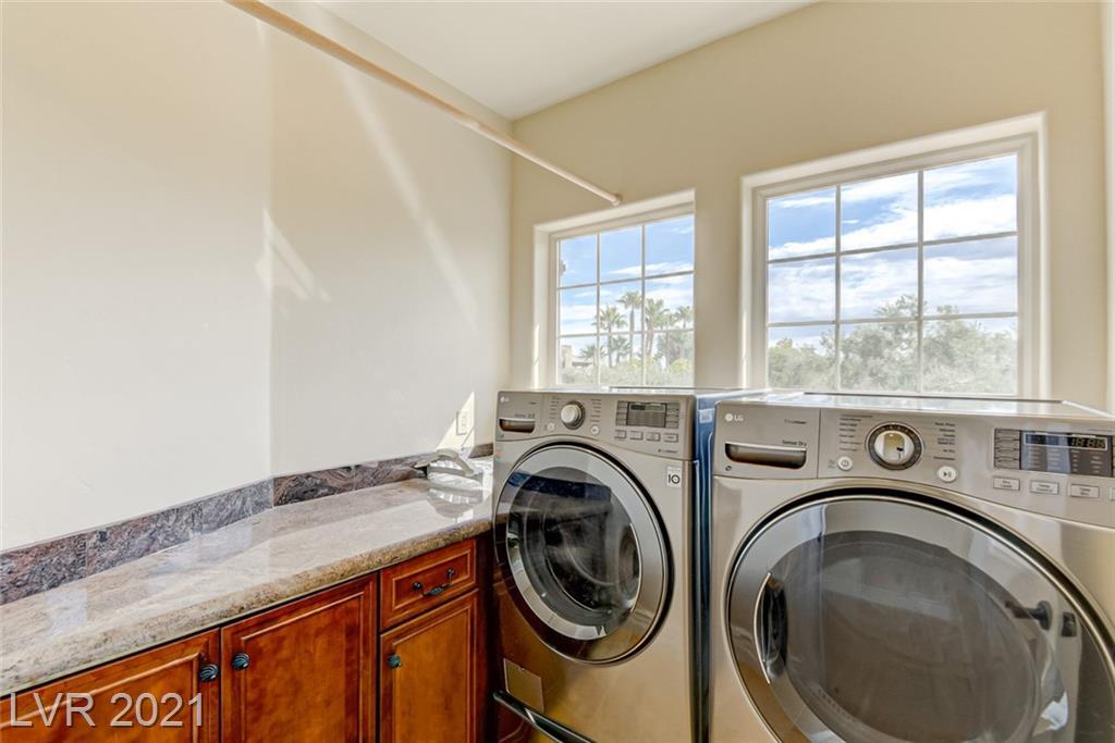 405 Royalton Drive Property Photo 23