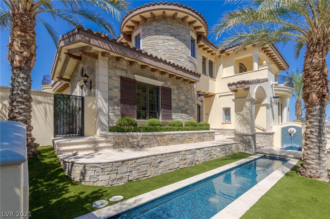 34 Grand Corniche Drive Property Photo 5
