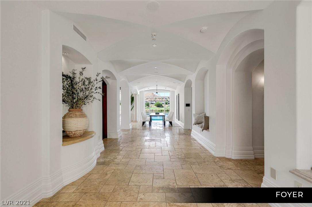 34 Grand Corniche Drive Property Photo 7