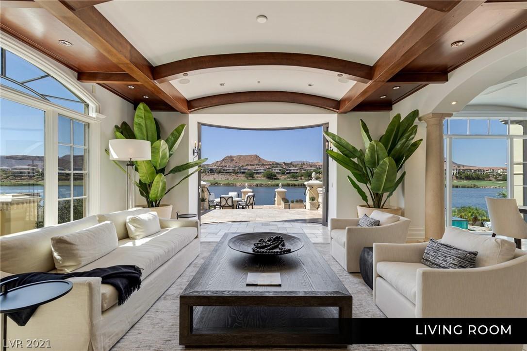 34 Grand Corniche Drive Property Photo 9