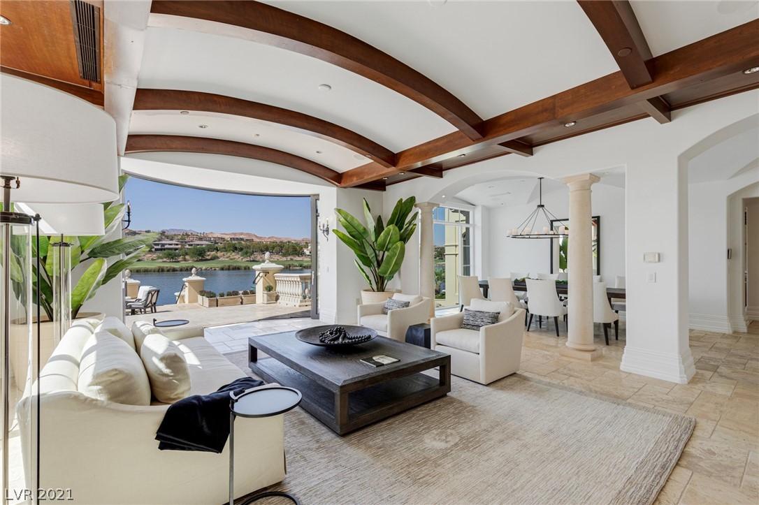 34 Grand Corniche Drive Property Photo 10