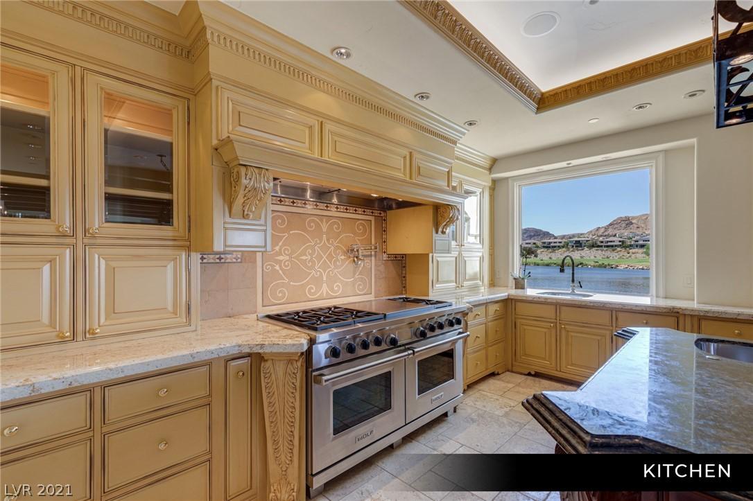 34 Grand Corniche Drive Property Photo 13