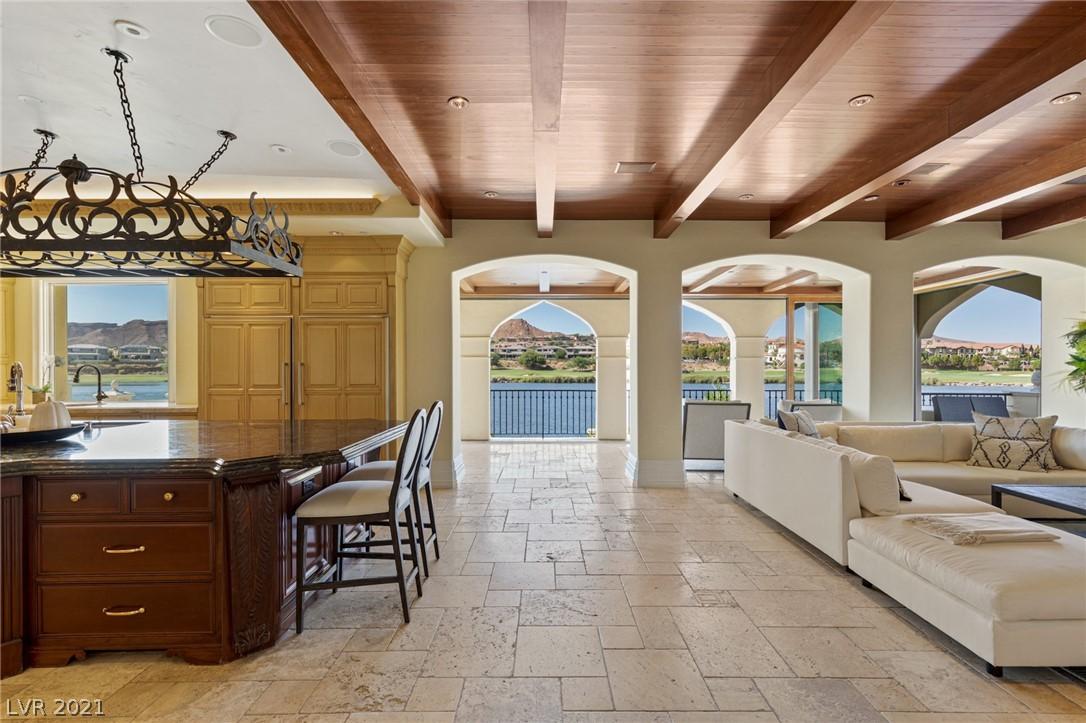 34 Grand Corniche Drive Property Photo 15