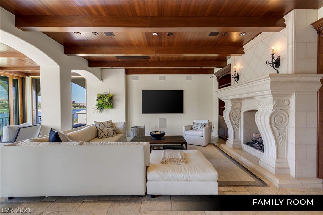 34 Grand Corniche Drive Property Photo 16