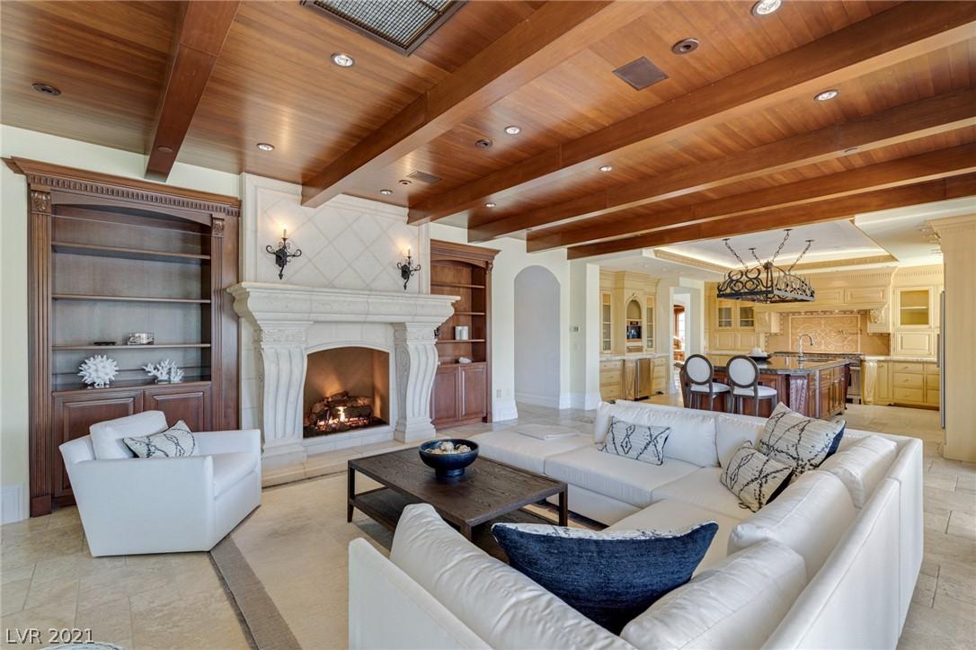34 Grand Corniche Drive Property Photo 18