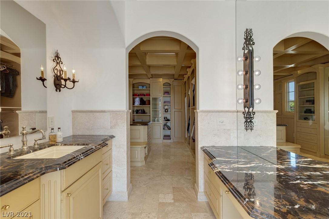 34 Grand Corniche Drive Property Photo 27