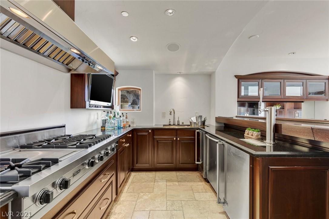34 Grand Corniche Drive Property Photo 41