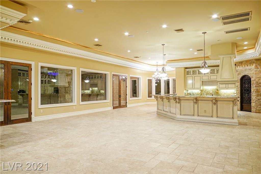 634 St Croix Street Property Photo 25