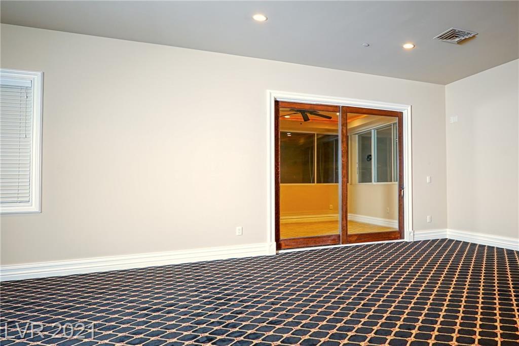 634 St Croix Street Property Photo 39